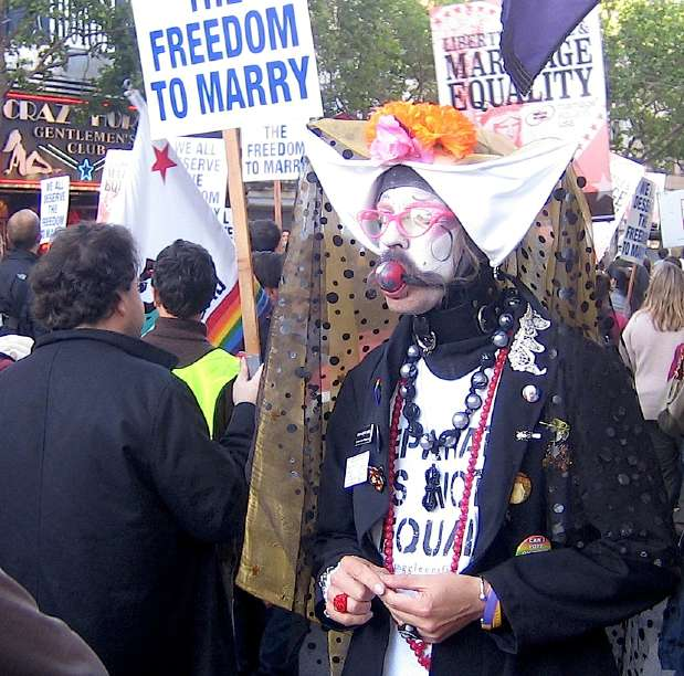 ... it really a good strategy to dress in full tranny regalia at the rally?